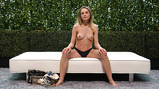 Aften - Spinner Works Her First Black Cock