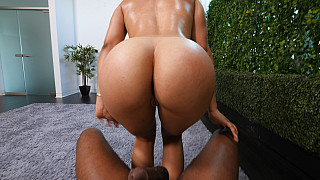 Sasha - Exotic With Perfect Bubble Butt