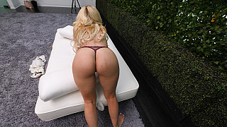 Kylie - Exotic MILF With Big Booty