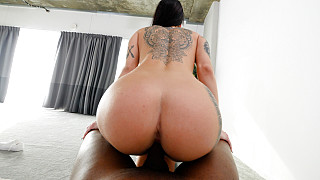Sabrina - Tattooed Tall Girl With Big Ass Fucks BBC Picture #18