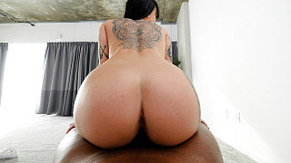 Sabrina - Tattooed Tall Girl With Big Ass Fucks BBC Picture #20