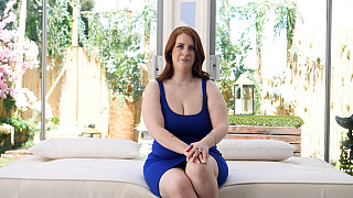 Bailey - Curvy Redhead With PERFECT Natural Tits Picture #2