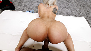 Lauren - Bubble Butt Latina Wants In A Rap Video Picture #13