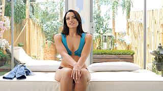 Sophia - Hot Cheating Nurse Picture #5