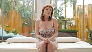 Luna - PAWG Redhead Takes A BBC DEEP Picture #5