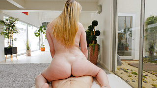 Marie - Thick Blonde With Big Ass Is Suspicious Picture #20