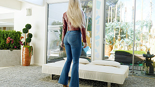 Christina - Gorgeous Blonde With Big Ass And Big Tits Picture #4